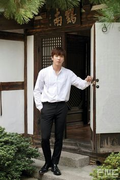 Jung Yong hwa ❤ Kang Min Hyuk, Lee Jong Hyun, Jung Yong Hwa, Jung Yoon, Cnblue Yonghwa, Minhyuk, Park Bo Gum, Cn Blue, Korea Boy