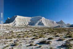 Amazing white cliffs of Aktolagay limestone plateau #nature #travel #Kazakhstan http://aboutkazakhstan.com/blog/nature/stunning-views-of-the-limestone-plateau-aktolagay/… pic.twitter.com/GfncoFBmeU