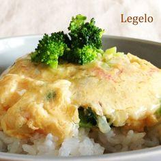 ブロッコリーとカニカマとたまねぎをたっぷり入れた、 具沢山で食べ応えのある天津飯...Read more
