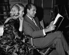 Cary Grant let people read over his shoulder. How amiable of him!