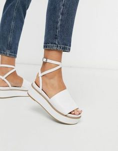 Find the best selection of ASOS DESIGN Tabitha chunky flatform sandals in white. Shop today with free delivery and returns (Ts&Cs apply) with ASOS! Strappy Sandals Heels, Toe Loop Sandals, Jelly Sandals, Asos, Croc Heels, Rhinestone Heels, Leather Sandals Flat, Open Toe, Fashion Shoes