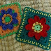 8 Petals Flower Square - via @Craftsy