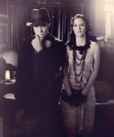 I can't even handle it. No, this is too perfect. 1920s Chuck and Blair