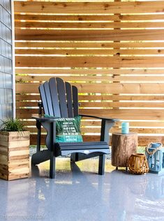 Craving a cozy, private patio space? Learn how to build a DIY cedar privacy scre… Craving a cozy, private patio space? Learn how to build. Outdoor Spaces, Outdoor Living, Outdoor Decor, Outdoor Kitchens, Outdoor Fabric, Outdoor Ideas, Lohals, Gazebo, Privacy Screen Outdoor