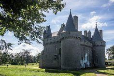 château de Kérouzéré en #Sibiril #Finistere #Bretagne © Paul Kerrien  http://toilapol.net