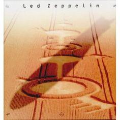 """Das große Rätselraten über die kryptischen Facebook-Posts von Led Zeppelin hat ein Ende. Heute hat die legendäre Rockband die Katze aus dem Sack gelassen und unter dem Motto """"Celebration Day"""" kundgetan, dass ab Oktober ein Film in den Kinos startet, dessen Inhalt das ersehnte kleine Wunder ist."""