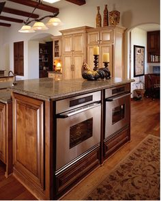 island with under-mounted double wall ovens Dr Kitchen, Kitchen Dinning Room, Awesome Kitchen, Kitchen Ideas, Happy House, Cabinet Makeover, Tuscan Style, Wall Ovens, Kitchen Furniture