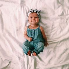 Scarlett - Baby Names - Bebe So Cute Baby, Baby Kind, Cute Babies, Fashion Kids, Baby Girl Fashion, Baby Girl Outfits, Baby Girl Costumes, Babies Fashion, Newborn Outfits
