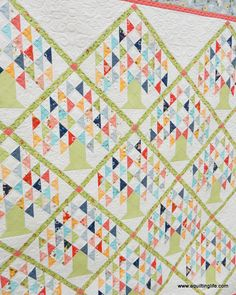 New Family Tree Quilt Pattern Etsy 41 Ideas Layer Cake Quilt Patterns, Tree Quilt Pattern, Layer Cake Quilts, Pattern Paper, Fabric Patterns, Quilting Patterns, Quilting Fabric, Quilting Ideas, Pattern Art