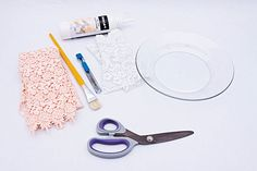 DIY decorative wall plates - Decoupage on glass and ceramic plates
