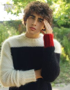 Francisco Rodriguez Dons Luxurious Sweaters for Fashionisto #9 image francisco rodriguez 0003