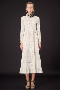Broderie anglaise http://www.vogue.com/vogue-daily/article/fashion-word-of-the-day-broderie-anglaise/#1