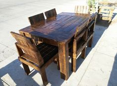 Wooden Pallet Dining #Table And Chairs Set | 99 Pallets