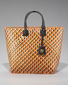 Tory Burch tote want it summer time