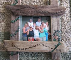 The second of 2 family pictures / frames, this one is whimsical