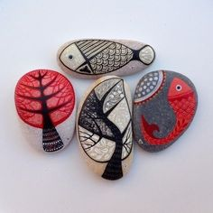 ~ PAINTED ROCKS Beautiful or fun, whimsical or meaningful, these little treasures are what we're hunting for today! Pebble Painting, Pebble Art, Stone Painting, Stone Crafts, Rock Crafts, Arts And Crafts, Pebble Stone, Stone Art, Rock Painting Designs