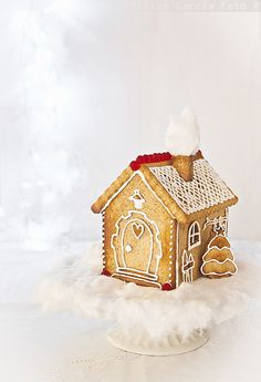 Gingerbread house #christmas #desserts