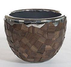 Elegant Contemporary vase SPIRIT DK HOME