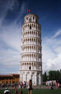 http://www.turismo.intoscana.it/  Pisa