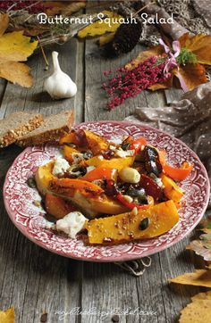 Warm Butternut Squash Salad with Feta. Lots of colors, lots of flavors, lots of vegetables and seeds. It's so easy to make. Squash Salad, Roasted Pumpkin Seeds, Oven Roast, Roasted Vegetables, Butternut Squash, Tray Bakes, Feta, Blueberry, Vegan Recipes