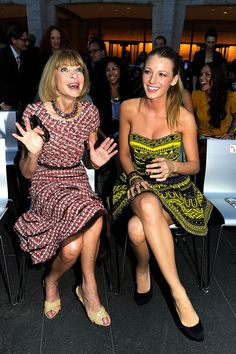 Anna Wintour- with actual facial expression and NO SUNGLASSES!!!