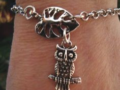 Leaf and owl charm bracelet silver metal chain charm by BiancasArt Owl Bracelet, Owl Charms, Metal Chain, Silver Bracelets, Charmed, Silver Metal, Unique Jewelry, Handmade Gifts, Etsy