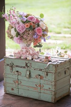 Favor boxes by Elle Dee Designs hold sweet pralines. The chest is from Old South Vintage Rentals. Wedding Pins, Wedding Boxes, Wedding Party Favors, Fall Wedding, Wedding Ideas, Chic Wedding, Cake Table Decorations, Diy Wedding Decorations, Southern Charm Wedding