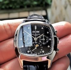 See luxury watches. Patek Phillippe, Hublot, Rolex and much more. Amazing Watches, Beautiful Watches, Cool Watches, Rolex Watches, Patek Philippe, Stylish Watches, Luxury Watches For Men, Watches For Men Unique, Vintage Watches For Men