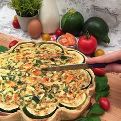 Zucchini Tart, Dessert Light, Summer Squash, Cream Pie, Seafood, Stuffed Peppers, Dishes, Baking, Vegetables