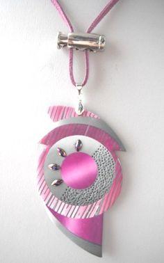 Polymère pendentif forme originale gris rose pinkpeak.JPG