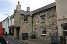 Penlan Fawr Inn, Oldest building in Pwllheli