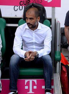 """Pep Guardiola: """"A Tito le quiero tantísimo... Esto es muy, muy duro para mí""""   Camisa blanca"""