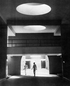 Arieh Sharon - The Secretariat 1968 Le Corbusier, Building Exterior, Building A House, Concrete Structure, Interior Architecture, Classic Architecture, Exhibition Space, Brutalist, The Dreamers