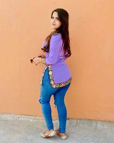 Beautiful Girl Photo, Cute Girl Photo, Beautiful Asian Women, Most Beautiful Bollywood Actress, Beautiful Actresses, Curvy Girl Outfits, Kurti Designs Party Wear, Thing 1, Girls In Leggings