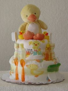 Diaper Cakes | Diaper Wreaths | Baby Shower D - Popular DIY & Crafts Pins on Pinterest