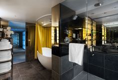 SLS Hotel, a Luxury Collection Hotel, Beverly Hills - presidential suite bathroom