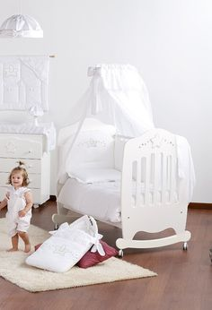 CRYSTAL STAR CHAMBRE BIANCO tulle - https://kids-at-home.ch/product/crystal-star-chambre-bianco-tulle/