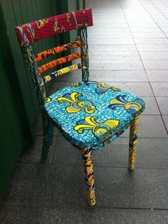 Fantastic fabric covered chair…love.Interesting to use fabric instead of painting.