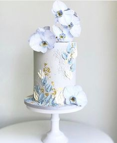 Wedding Desserts, Wedding Cakes, Orchid Wedding Cake, Orchid Cake, Purple Wedding, Gold Wedding, Bolo Floral, Floral Cake, Cute Cakes