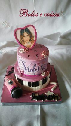 Bolos e coisas - Bolos decorados (Cake Design): Violetta