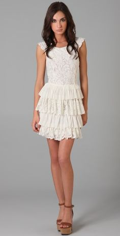 i am loving lace these days.  so so pretty!