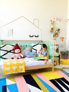 Dreamy Gender Neutral Room Ideas for Kids to Woo Your Heart Kids Bedroom Paint, Girls Bedroom, Bedroom Ideas, Bedroom Wall, Nursery Themes, Nursery Decor, Childrens Rugs, Toddler Rooms, Kids Room Design