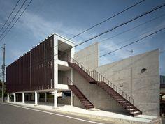 suppose design office  『口田テナントビル』  http://www.kenchikukenken.co.jp/works/1042811417/3677/