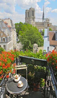 Notre Dame de Paris vacation rental