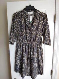 Never Worn! Says xs but is more like an xs petite, thin and light weight fabric -PLUS POCKETS! Short Sleeve Dresses, Dresses With Sleeves, Wrap Dress, Pockets, Fabric, Fashion, Tejido, Moda, Tela