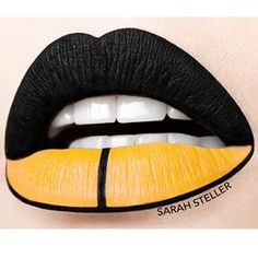 Pittsburgh Steelers~Lips