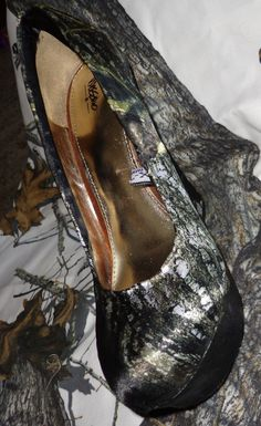 Mossy Oak New Breakup Satin Heels.. YES PLEASE!!