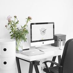 """""""My last day off was October 3  at least my desk space is pretty and nice to work at"""""""