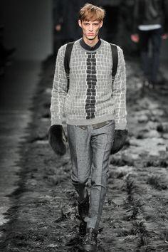 Gucci | Fall 2014 Menswear Collection – benoni & fur gloves