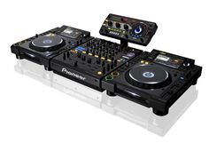 Great set! Pioneer DJ setup